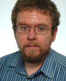 Matthias_Samstag_Bewerbungsfoto_Web.jpg