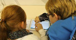 Smartphone_Tablet_Fuehrerschein.JPG